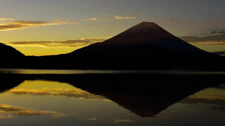 fuji : Sunrise scenery of Lake Shoji-Ko