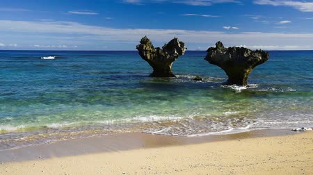okinawa : Heart rocks in Okinawa