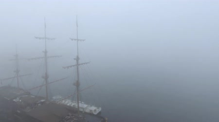 моряк : Tall ship wooden mast in fog
