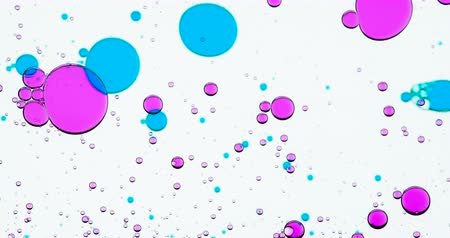 şampuan : Dosed Mixing of Substances. Bright colored bubbles walking around the white background and their size and shape