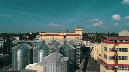suszarka : Agricultural grain dryer complex. Modern granary with weighing station Wideo