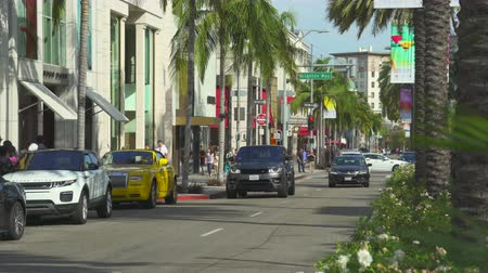 vaqueiro : Los Angeles street scene. Rodeo drive, Beverly Hills - August 2017: Los Angeles California, US
