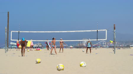 volleyball : Volleyball players on the beach in Venice beach, Santa Monica - August 2017: Los Angeles California, US