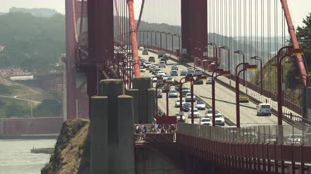 toll : Heavy traffic on the Golden Gate bridge - August 2017: San Francisco, California, US