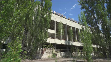 reactor : Abandoned swimming pool building in Pripyat. Chernobyl nuclear disaster. Slider shot - Juni 2017: 30km Chernobyl, exclusion zone Stock Footage