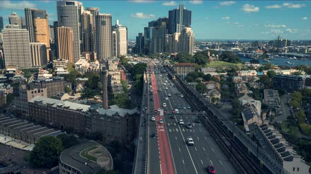 csomópont : Time lapse of traffic and Sydney skyline, Harbor bridge - Sydney downtown