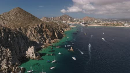 spiky : Aerial shot of tropical bay, El Arco. Cliffs and rocks - Cabo San Lucas, Mexico