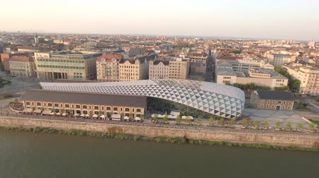 budapeste : Aerial view of Budapest, Hungary - Whale building and Danube river walkway