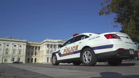 polícia : Police at US Capitol building - Washington DC