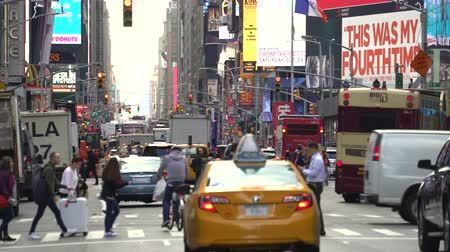 jam : New York city traffic, street view with steam and advertising - Manhattan