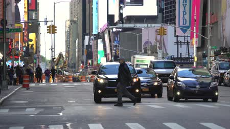 дорожный знак : New York city traffic, street view - Manhattan