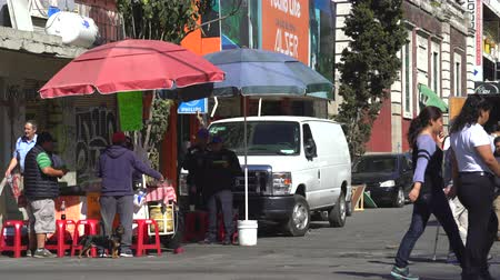 mexico city : Mexico City street scene. Vendor stand near the market Stock Footage