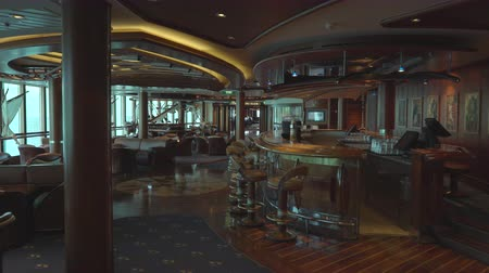 průchod : Cruise ship lounge and bar - onboard interior