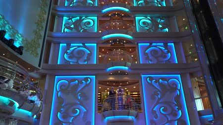 бортовой : Cruise ship luxury interior - atrium bar and lounge