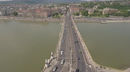 маргарита : Aerial view of Budapest - Margaret bridge and Danube river, Hungary Стоковые видеозаписи