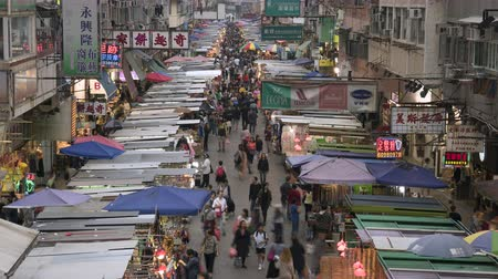 congested : Timelapse of the crowded market in Hong Kong. Busy Fa Yuen or Sneaker Street Market - October 2018: Hong Kong, China