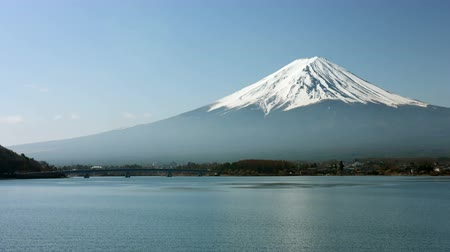 montar : Mount Fuji clear and cloudless