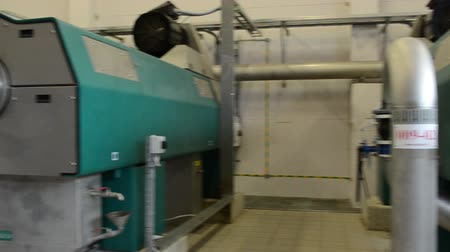 ścieki : Big biogas generator in water treatment facilities plant. Gas process from sludge. Wideo