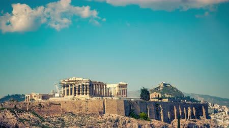 археологический : Parthenon, Acropolis of Athens, Greece - Timelapse with moving clouds at summer day