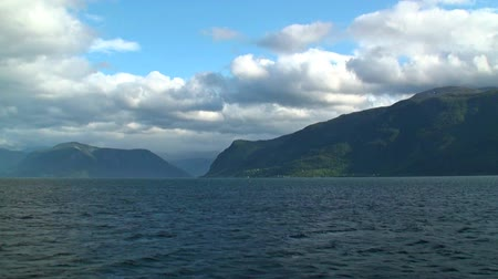 noruega : Sailing across the fjords in Norway