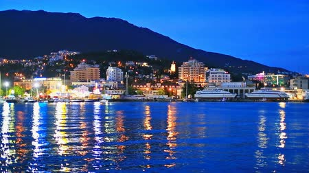 europeu : Scenic summer night panorama of Black Sea pier and port harbor in Yalta, Crimea, Ukraine