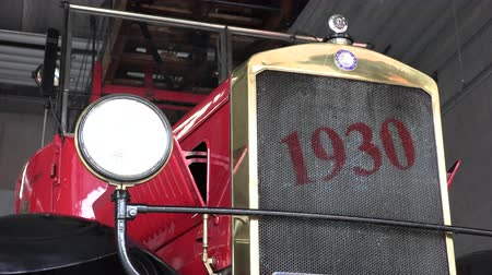 1930 red fire truck front view