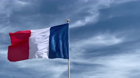 üç renkli : French flag flying in the wind