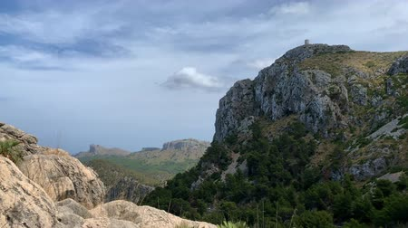 Майорка : Nature in the mountains of Mallorca