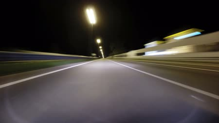 vysoký : Time lapse of the night road