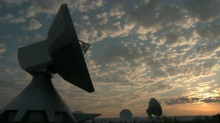 telekomünikasyon : Sunset at Satellite Earth Station