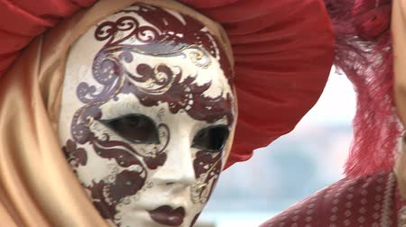 karnaval : romantic couple at Venice carnival