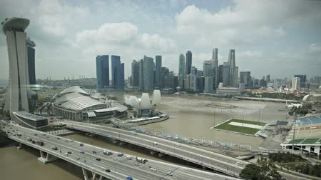 baía : Timelapse Singapore aerial view of the marina bay going down
