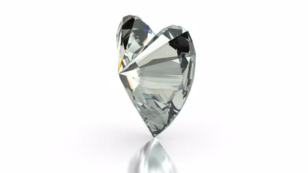 tesouro : Heart cut diamond on white (seamless)