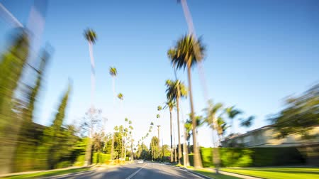 luksus : Drive through Beverly Hills in Los Angeles, California.
