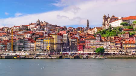 pincészet : Porto, Portugal city time lapse on the Douro River.