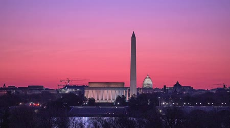 devletler : Washington DC, USA skyline and monuments. Stok Video