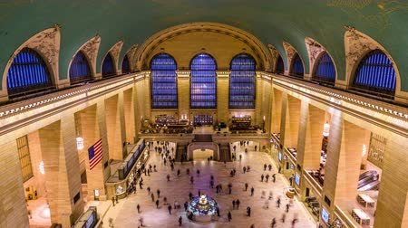 NEW YORK CITY - OCTOBER 28, 2016: Interior view of the main concourse at historic Grand central Terminal. Wideo