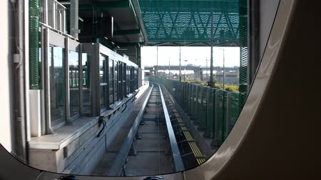 Pisamover entering at the station Dostupné videozáznamy