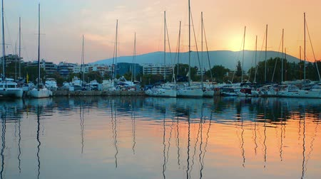 grego : Dawn in the marina of Athens, Greece Yacht video Vídeos