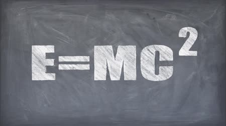 matemática : chalk drawn relativity formula words on blackboard seamless loop background cartoon animation - new quality font dynamic joyful video school footage Vídeos