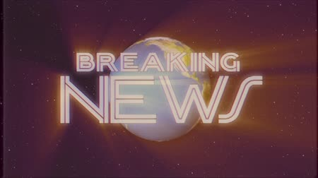 gazete : shiny retro BREAKING NEWS text with earth globe light rays moving old tape retro intro effect tv screen animation background seamless loop New quality universal vintage colorful motivation video Stok Video