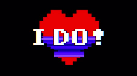 coração : pixel heart I DO word text glitch interference screen seamless loop animation background new dynamic retro vintage joyful colorful video footage Vídeos