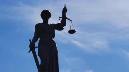 hukuk : Statue of Lady Justice time lapse Stok Video