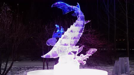 восхитительный : KRASNOYARSKRUSSIA-2018 Jan 15 : ice sculptures in winter Park night