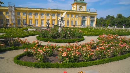 warszawa : Garden and Old Royal Palace in Warsaw, Poland Stock Footage