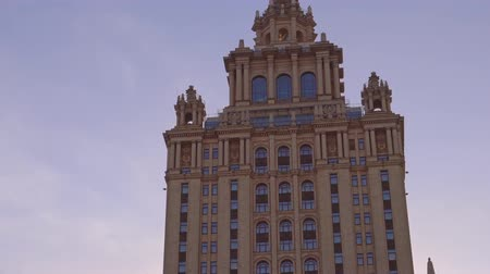 империя : Stalin skyscraper Beautiful Art Deco building. Frame from top to bottom and back