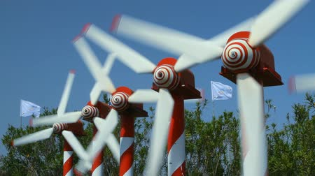 turbine : Power Generating Windmills