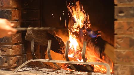 günlüğü : Burning wood in stone fireplace