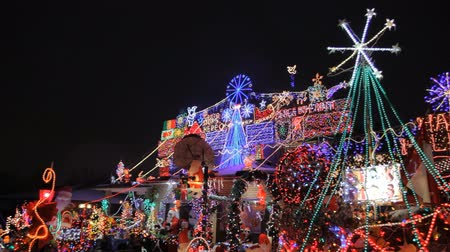 pré natal : House with Christmas Lights
