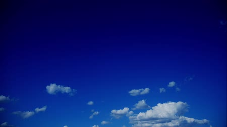 claro : timelapse with moving clouds blue sunny sky